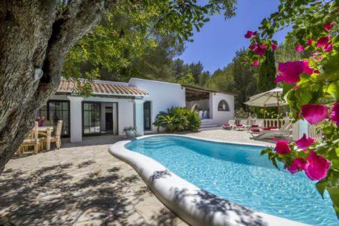Finca avec piscine à vendre Ibiza