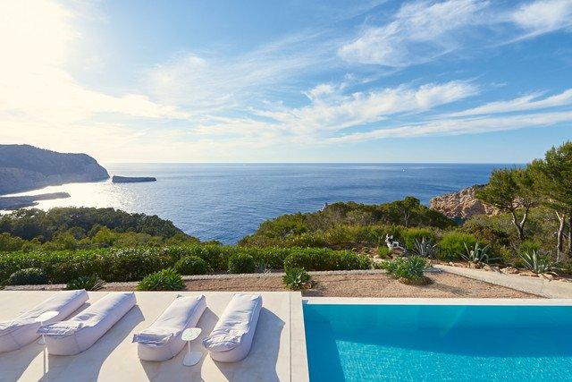 villa 1ère ligne de mer avec piscine Ibiza